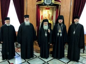Patriarch Theophilos met with a Ukrainian bishop. And the situation of Orthodox pilgrims