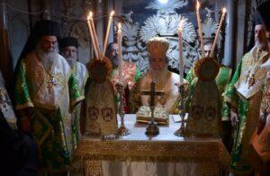 Dimanche de la Croix à Jérusalem – visite du métropolite Emmanuel