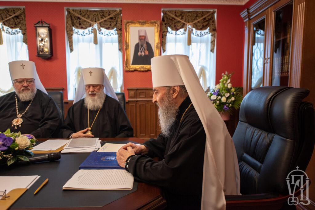 Déclaration du Saint-Synode de l'Église orthodoxe d'Ukraine sur la situation dans l'orthodoxie ukrainienne et mondiale