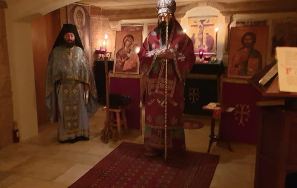 Première liturgie dans la nouvelle chapelle du monastère de la Protection de la Mère de Dieu aux Sciernes d'Albeuve (Suisse)