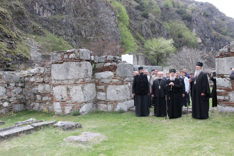 Visite du patriarche de Serbie Irénée au Kosovo