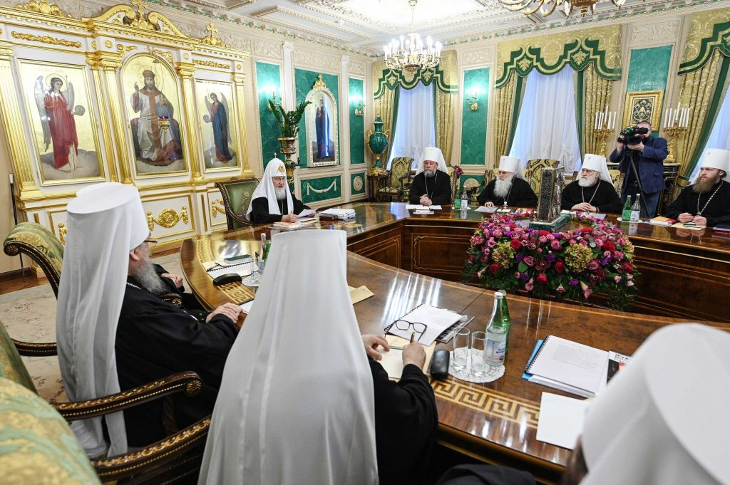 The Russian Orthodox Church takes steps to address family problems of married clergy