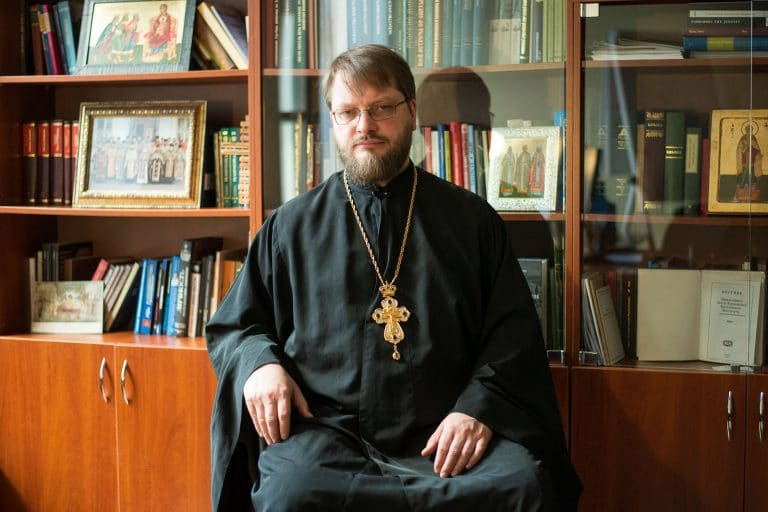 How many Orthodox Christians regularly go to Church in Russia, and why?