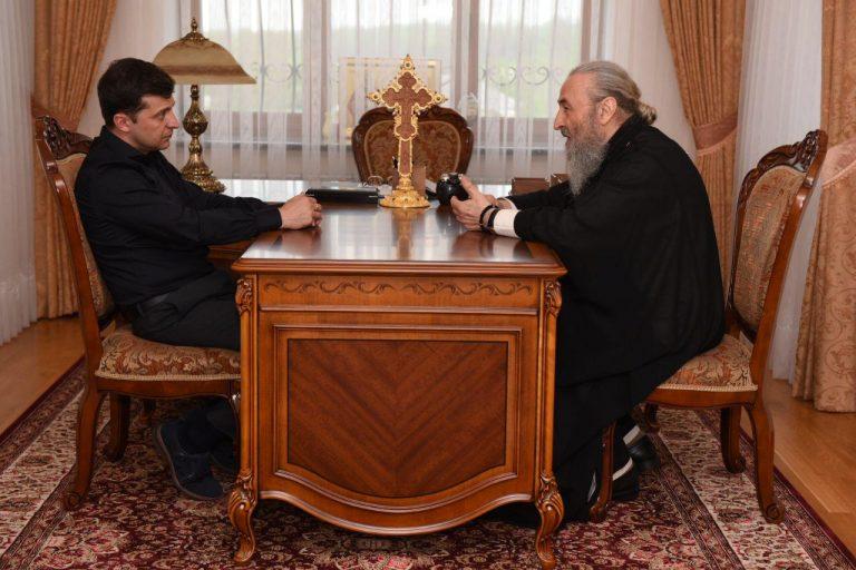 Le métropolite de Kiev Onuphre a rencontré le nouveau président ukrainien V. A. Zelensky