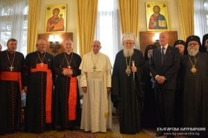 Patriarch Neophyte and the Holy Synod of the Orthodox Church of Bulgaria met with Pope Francis
