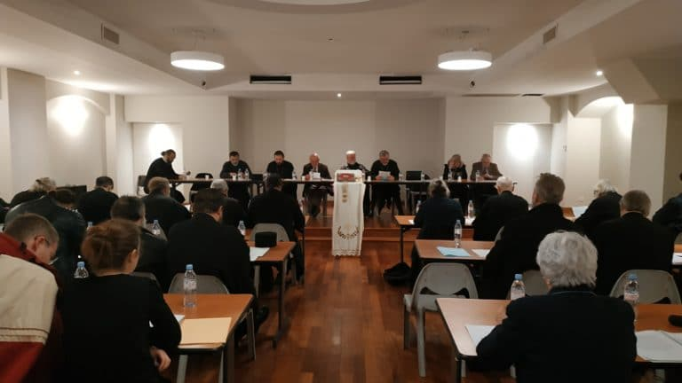 Session ordinaire du conseil du diocèse d'Europe occidentale de l'Église orthodoxe serbe à Paris