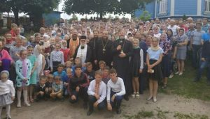 Archimandrite Nektarios (Orthodox Church of Cyprus) visited parishes of Western Ukraine whose churches were seized by the new autocephalous Church