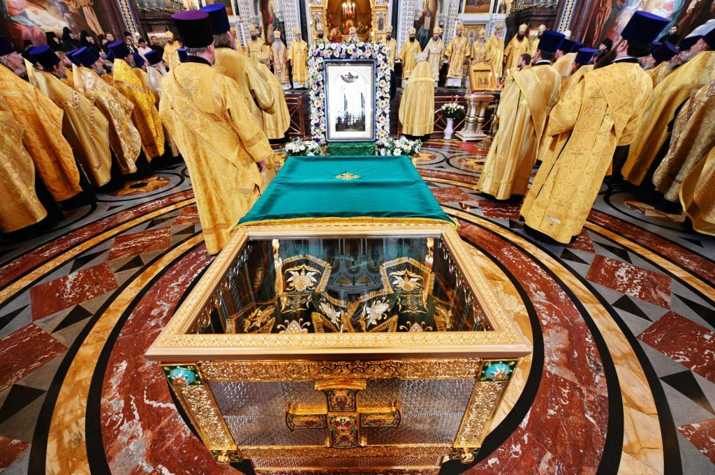 For the first time, the relics of holy Prince Peter and Princess Febronia, protectors of the Christian family, came to Moscow