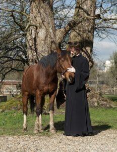 «Alexandre Siniakov, le moine cosaque qui murmure à l'oreille des chevaux»