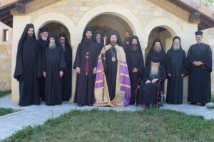 Vigiles au monastère de la Dormition de la Mère de Dieu dans les Alpes françaises