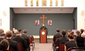 Le métropolite de Volokolamsk Hilarion a rendu visite au Séminaire Saint-Vladimir à New York