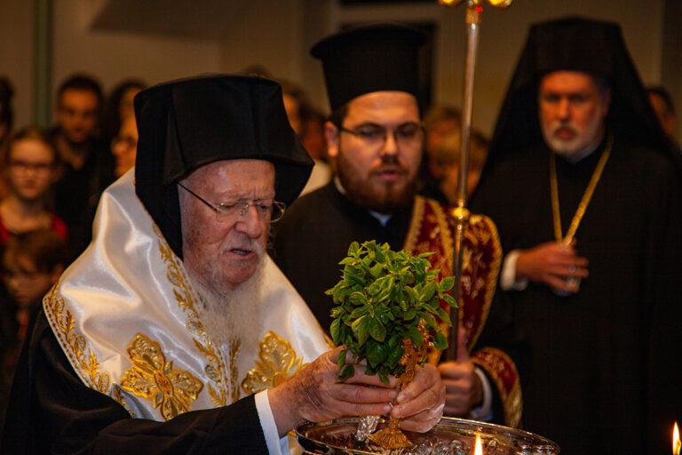 Cérémonie d'ouverture de l'église Sainte-Catherine à Amsterdam par le patriarche oecuménique