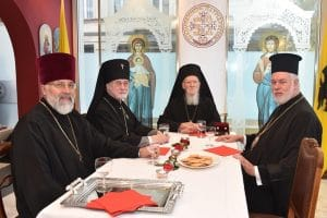 Rencontre du patriarche œcuménique Bartholomée et de l'archevêque de Bruxelles et de Belgique Simon (Patriarcat de Moscou)