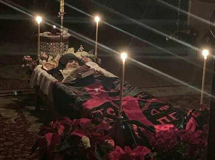 Funérailles de l'archimandrite Éphrem d'Arizona (vidéo)