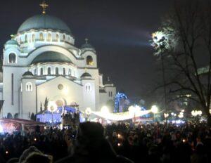 Procession à Belgrade en soutien à l'Église orthodoxe serbe au Monténégro