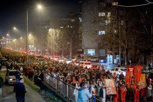 De nouvelles processions massives ont eu lieu au Monténégro pour protester contre la loi spoliatrice