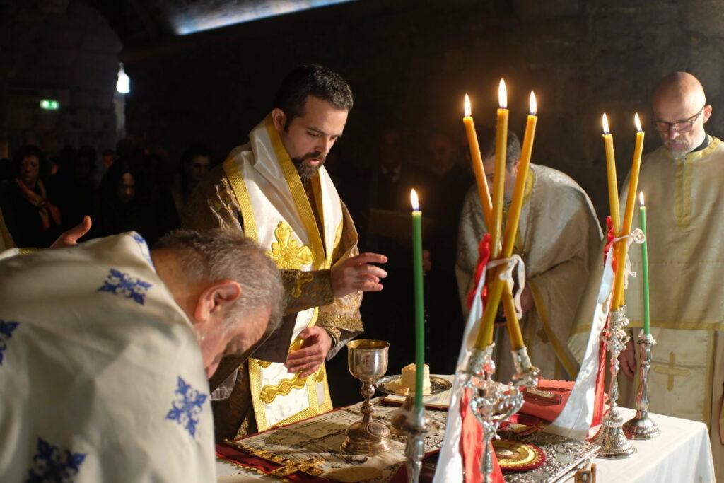 Liturgie à l'abbaye Saint-Victor de Marseille