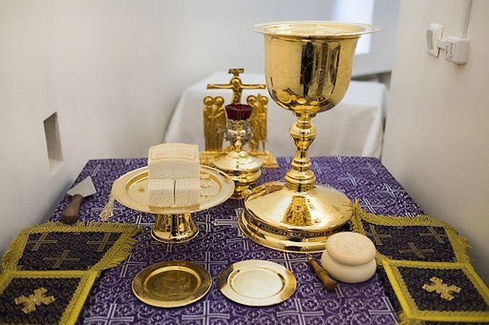 Directives pour les recteurs de paroisses et de métochions, et pour les higoumènes des monastères de l'Église orthodoxe russe devant la menace de diffusion de l'infection au coronavirus