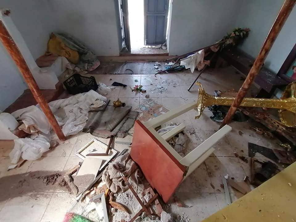 Une église a été vandalisée par des réfugiés sur l'île de Lesbos