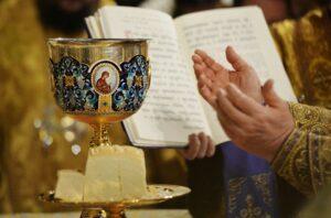 Dans les églises orthodoxes d'Ukraine, une prière spéciale pour le corps médical est introduite dans la liturgie