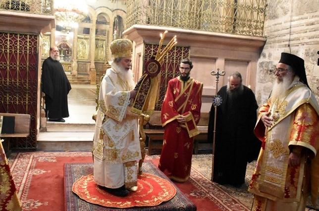 Célébration de Pâques à Jérusalem (+vidéos), et message du patriarche Théophile