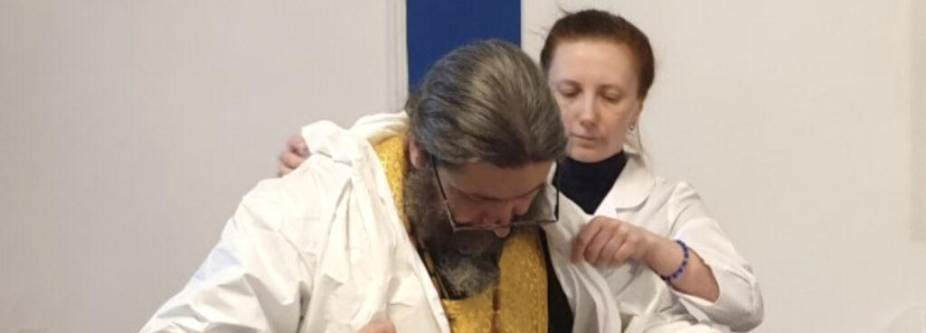 Les soins spirituels aux malades du coronavirus: le témoignage d'un prêtre de Moscou