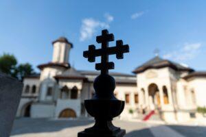 Depuis le début de la crise, l'Église orthodoxe roumaine a fourni une aide totale de 3 millions d'euros aux personnes affectées par le coronavirus