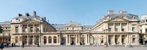 France : le Conseil d'État ordonne au Premier ministre de prendre des mesures moins contraignantes pour les rassemblements dans les lieux de culte
