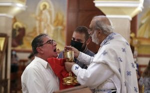 Les fidèles sont revenus dans leurs églises au Liban