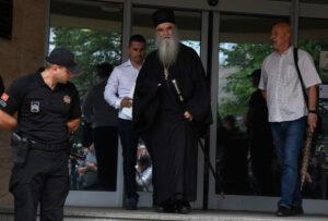 Après un interrogatoire de six heures, le métropolite Amphiloque a quitté le commissariat de Podgorica