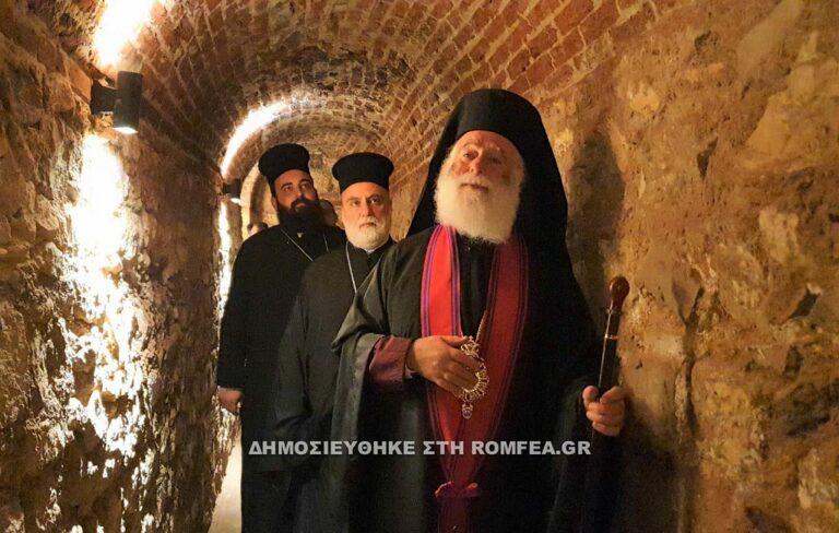 Le patriarche d'Alexandrie Théodore II a béni la nouvelle chapelle dans les catacombes du Caire