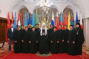 Le patriarche de Moscou Cyrille a rencontré un groupe de séminaristes d'Indonésie et des Philippines