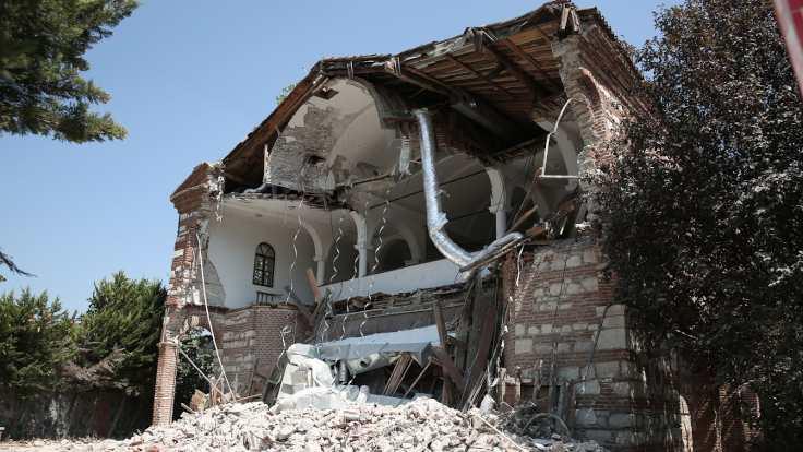 Les autorités turques ont démoli une ancienne église orthodoxe à Bursa