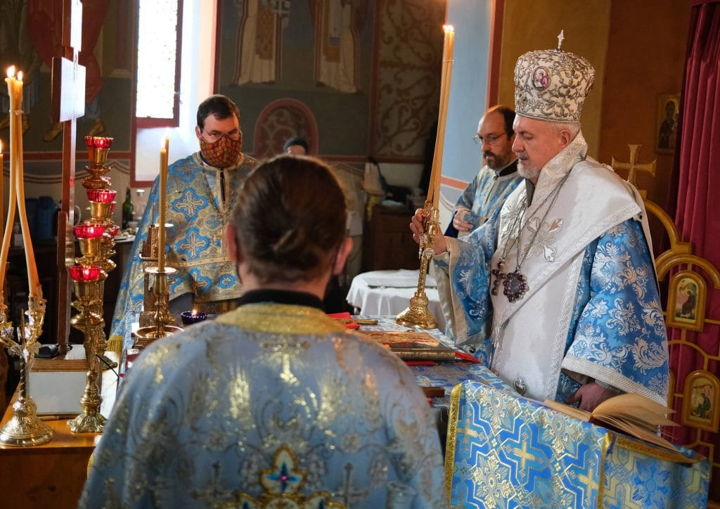La fête du monastère Notre Dame de Toute Protection (Bussy) a été présidée par le métropolite Emmanuel de France