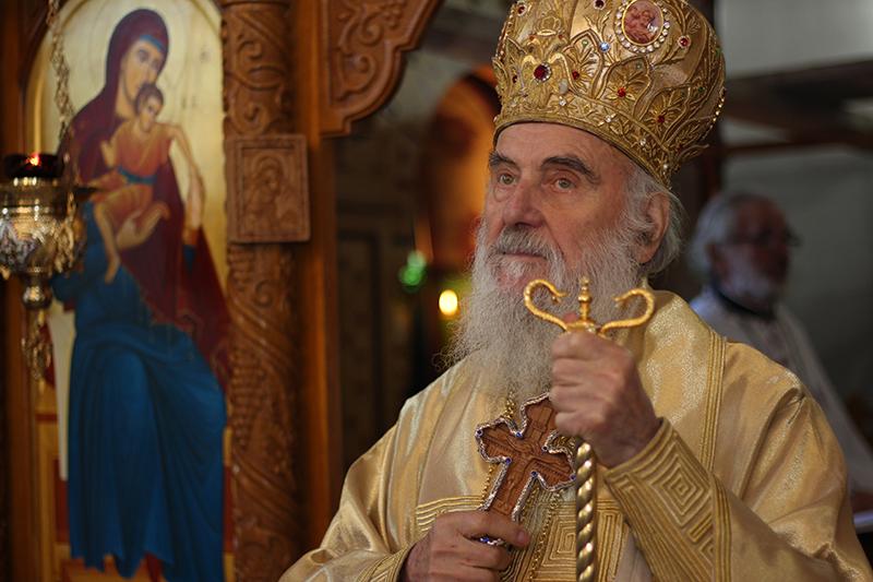 Le patriarche de Serbie Irénée est testé positif au COVID, mais asymptomatique