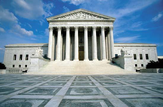 La Cour suprême des États-Unis abroge temporairement les limites à la fréquentation des lieux de culte dans l'État de New York