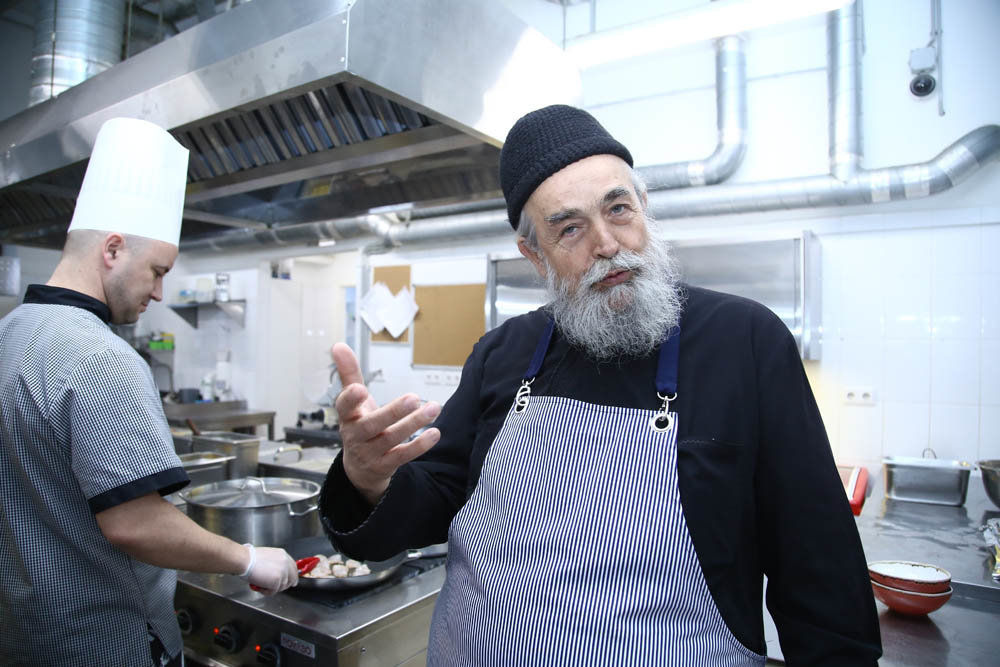 Le cuisinier en chef du Mont Athos partage ses recettes de carême