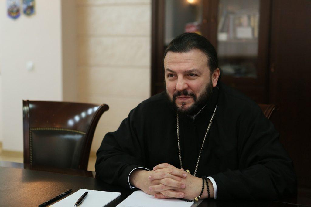 Interview de l'archevêque Léonide de Vladikavkaz et d'Alanie au journal grec « Dimocratiki tis Rodu »