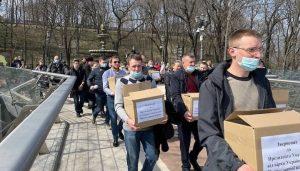 Plus d'un million de fidèles ont signé une pétition au président Zelenski contre les persécutions de l'Église orthodoxe ukrainienne
