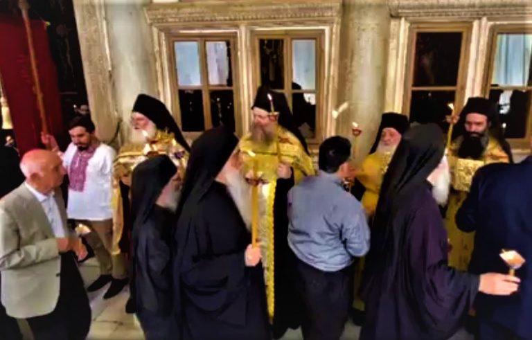 L'office des Vêpres de Pâques au monastère athonite de Vatopédi (vidéo)